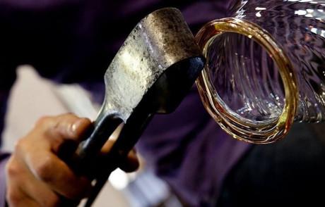 Lavoro: il futuro è nell'artigianato e nei prodotti fatti a mano