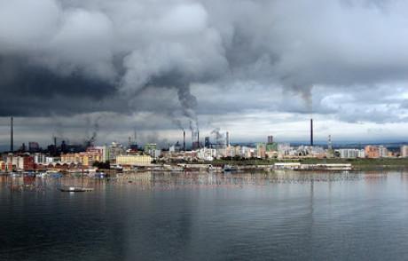 Ciclone sull'Ilva di Taranto