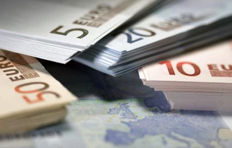 Oltre l'euro, dentro l'euro: una nuova moneta fiscale per vincere la crisi